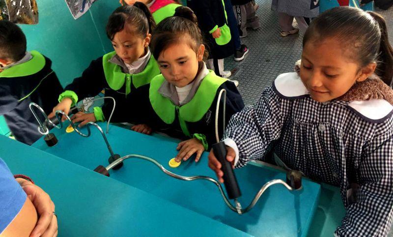 Llega a Tetla el Tráiler Itinerante de la Ciencia, Tecnología e Innovación