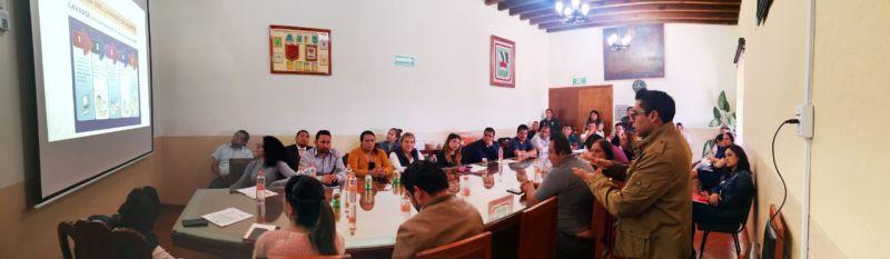 Imparten plática a funcionarios públicos de Tetla, para la prevención del COVID - 19
