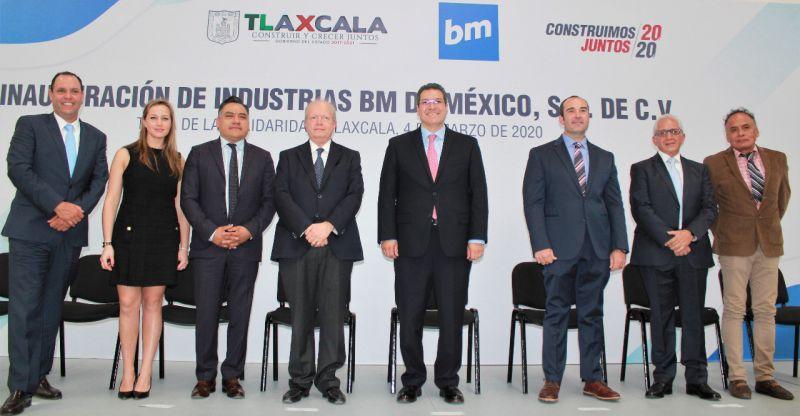 """Inauguran en Tetla """"Industrias BM"""" dedicada a producir componentes plásticos."""