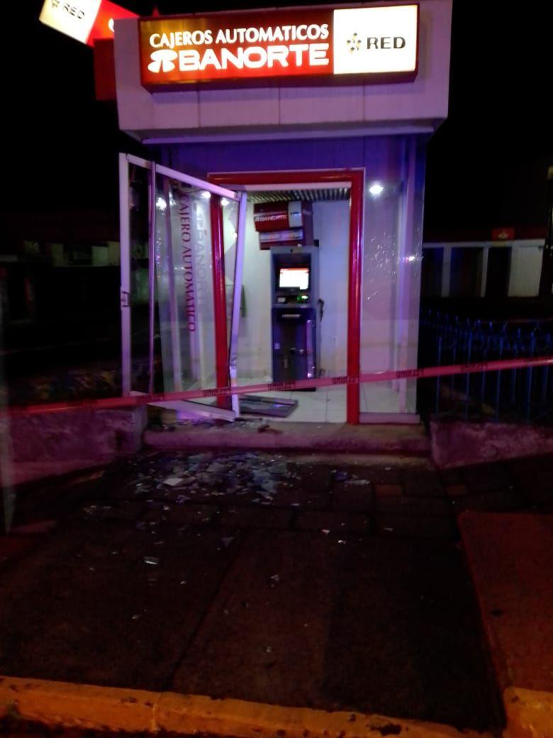 Frustra policía municipal de Tetla robo a cajero