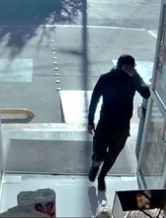 Detienen en Tetla a sujeto relacionado con robo a tienda OXXO